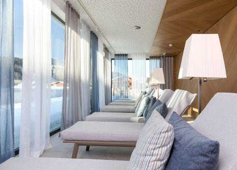 Hotelzimmer mit Mountainbike im Sportresort Hohe Salve