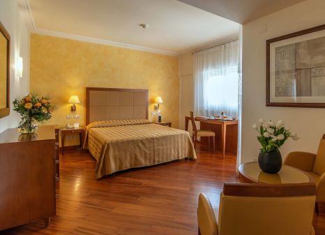 Hotelzimmer im Versilia Palace günstig bei weg.de