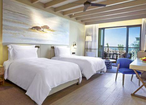 Hotelzimmer mit Yoga im Saadiyat Rotana Resort & Villas