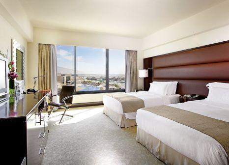 Hotelzimmer mit Tennis im InterContinental Abu Dhabi