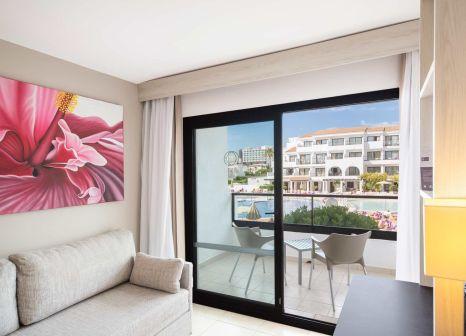 Hotelzimmer mit Volleyball im FERGUS Style Bahamas