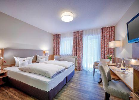 Hotelzimmer mit Mountainbike im Hotel Herzog Heinrich