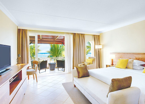 Hotelzimmer mit Volleyball im Outrigger Mauritius Beach Resort