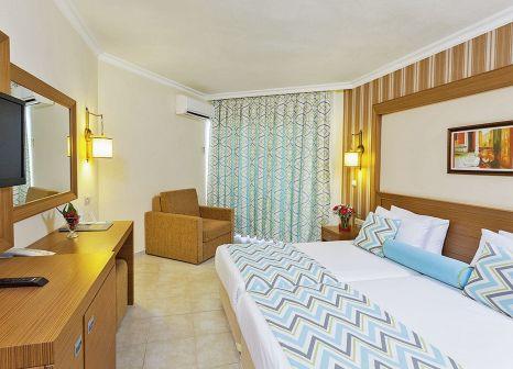 Hotelzimmer im Iz Flower Side Beach günstig bei weg.de