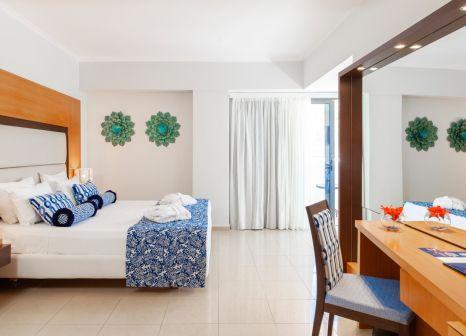Hotelzimmer mit Tischtennis im TUI BLUE Lindos Bay
