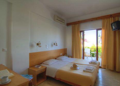 Hotelzimmer im Adonis günstig bei weg.de