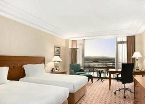 Hotelzimmer mit Tennis im Hilton Istanbul Bosphorus