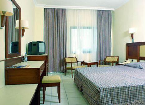Hotelzimmer mit Tennis im Süral Hotel