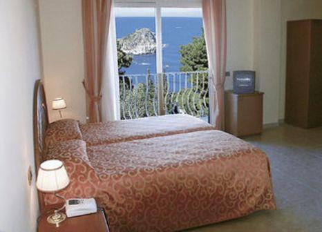 Hotelzimmer mit Pool im Villa Bianca Resort