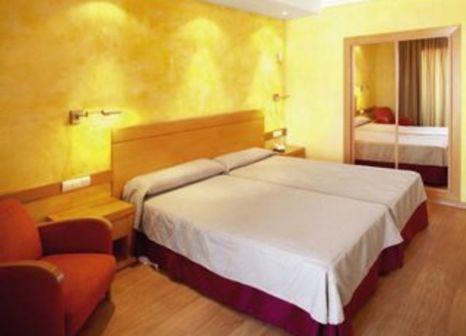 Hotelzimmer mit Tennis im Hotel Maya Alicante