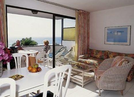 Hotelzimmer mit Mountainbike im Apartamentos Nogalera