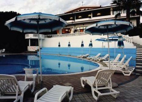 Hotel Villaggio Pineta Petto Bianco in Tyrrhenische Küste - Bild von 5vorFlug