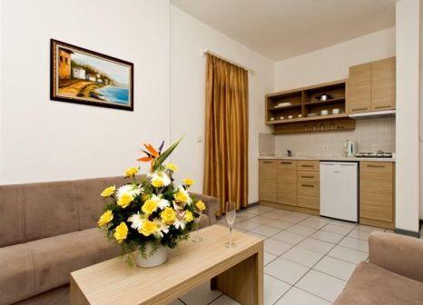 Hotelzimmer mit Kinderpool im Caligo Apart