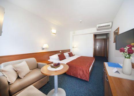 Hotelzimmer mit Volleyball im SENTIDO Bluesun Berulia
