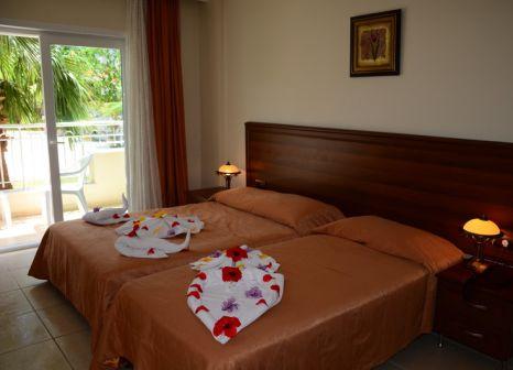 Hotelzimmer mit Tischtennis im Keskin