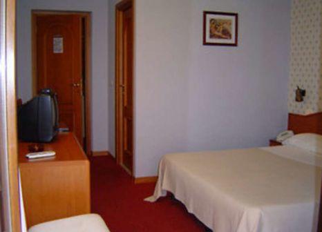Hotelzimmer mit Sandstrand im Villa Chiara