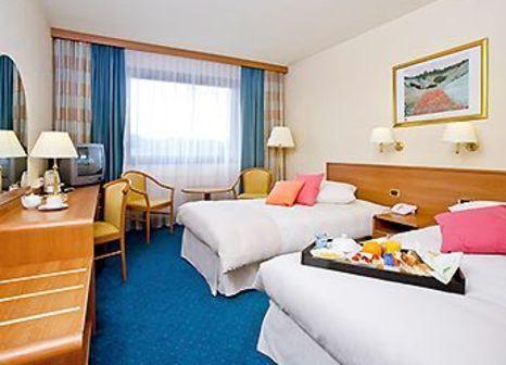 Hotelzimmer mit Golf im Novotel Gdansk Marina