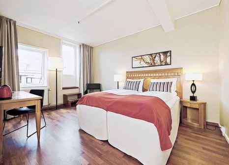 Hotelzimmer mit Tennis im First Hotel Millennium