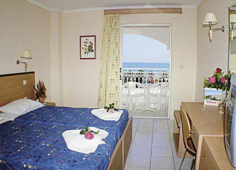 Hotelzimmer mit Mountainbike im Poseidon Beach
