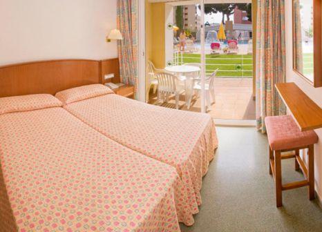 Hotelzimmer mit Tischtennis im Hotel GHT Oasis Park & Spa