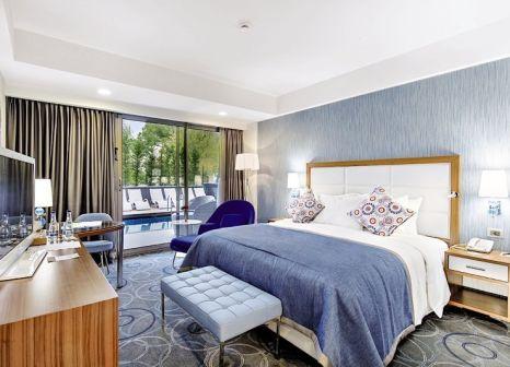 Hotelzimmer mit Wassersport im DoubleTree by Hilton Hotel Kusadasi