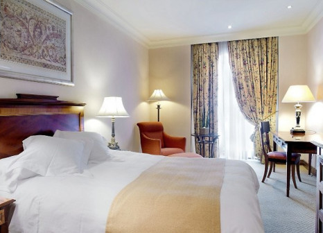Hotelzimmer mit Mountainbike im InterContinental Madrid