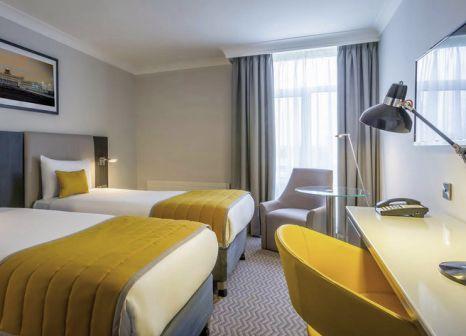 Hotelzimmer mit Animationsprogramm im Maldron Hotel Dublin Airport