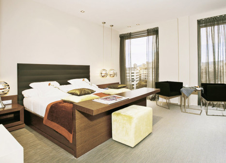 Hotelzimmer mit Aufzug im Olivia Plaza Hotel