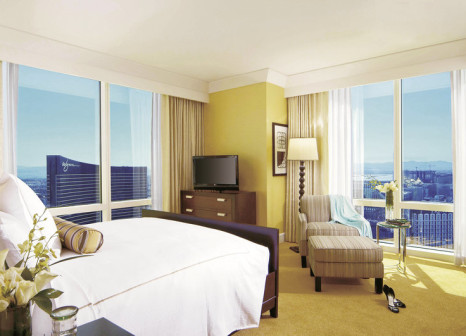 Hotelzimmer mit Pool im Trump International Hotel Las Vegas