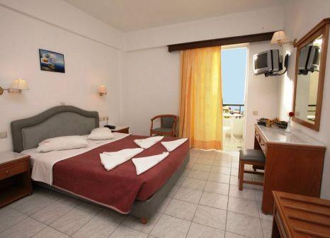 Hotelzimmer mit Mountainbike im Dedalos Beach