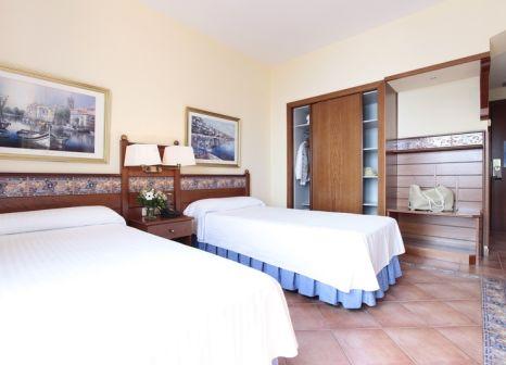 Hotelzimmer mit Tischtennis im Prestige Coral Platja
