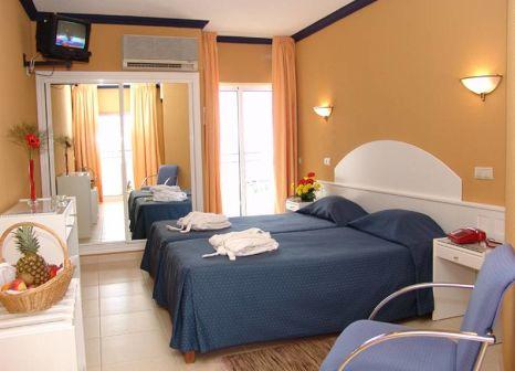 Hotelzimmer mit Minigolf im Atismar Beach Hotel