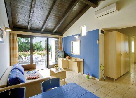 Hotelzimmer mit Mountainbike im Valamar Diamant Residence