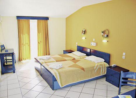 Hotelzimmer mit Kinderpool im Porto Koukla Beach