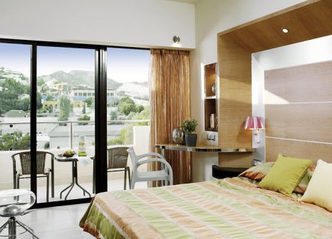 Hotelzimmer mit Mountainbike im Esperos Palace Hotel