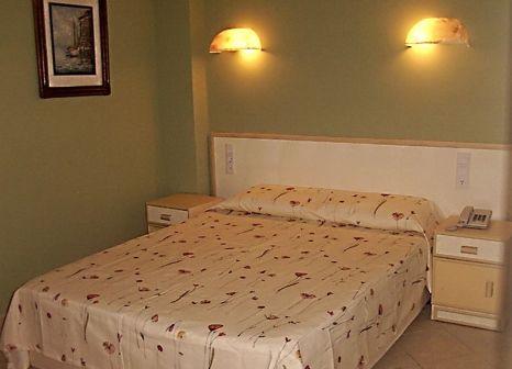Hotelzimmer mit Tennis im Azak