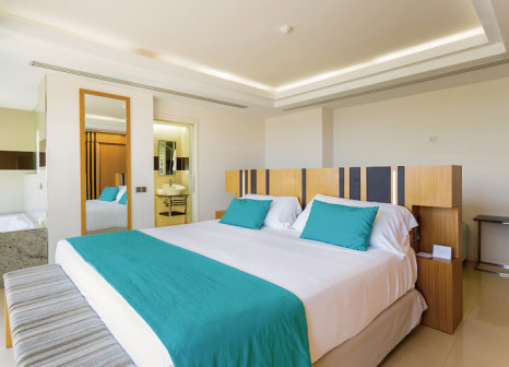 Hotelzimmer mit Volleyball im Sirenis Hotel Goleta & Spa