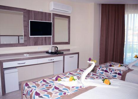 Hotelzimmer mit Tischtennis im Hotel Acar