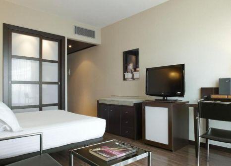 Hotelzimmer mit Mountainbike im AC Hotel Ciutat de Palma