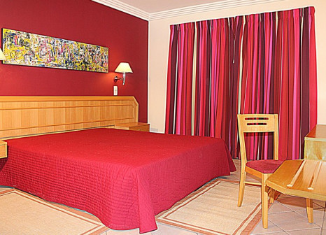 Hotelzimmer mit Tennis im Cheerfulway Balaia Plaza
