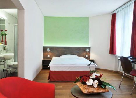Hotelzimmer mit Pool im Sorell Hotel Arabelle