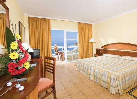 Hotelzimmer mit Volleyball im Aguamarina Golf Resort