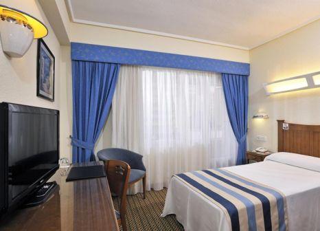 Hotelzimmer mit Volleyball im Sol Costablanca