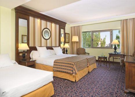 Hotelzimmer mit Pool im Meliá Barajas