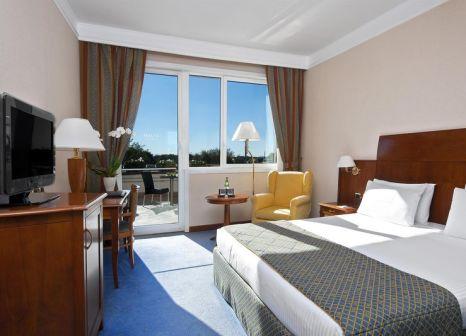 Hotelzimmer mit Pool im Hotel Roma Aurelia Antica