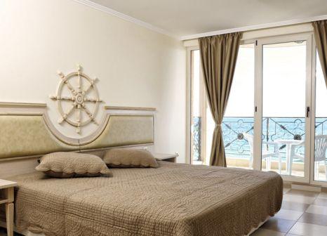 Hotelzimmer mit Mountainbike im Hotel Royal Bay