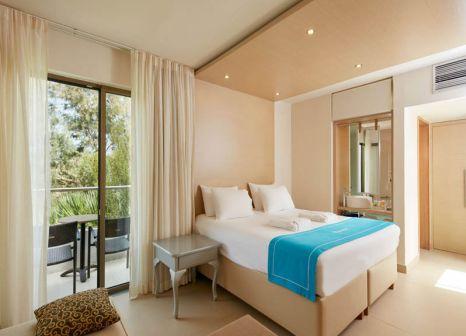 Hotelzimmer mit Volleyball im The Island Hotel
