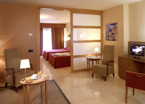 Hotelzimmer mit Minigolf im Golden Bahia de Tossa & Spa