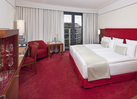 Hotelzimmer mit Golf im Meliá Berlin