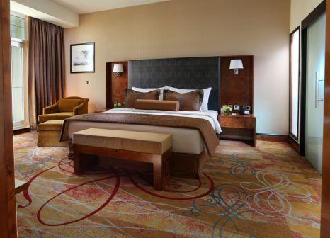 Hotelzimmer mit Tennis im Millennium Airport Hotel Dubai